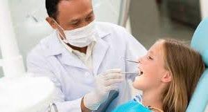 Teeth doctor