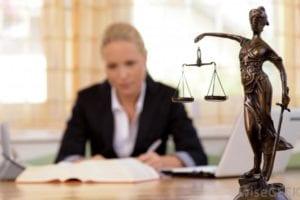 Lawyers1571878117